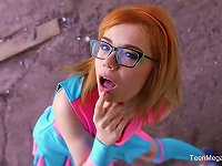 Free Sex Orange-haired Nerdy Kira Roller Receiving A Pulsating Wiener