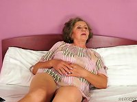 Free Sex Granny Gets Her Vintage Pussy Pounded By A Younger Guy