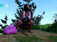 Free Sex Teen Violetta Is Pissing Outdoors