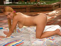 Free Sex Dark-complexioned Teen Latina Dildoing Outdoors